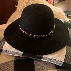 Woman's black wool floppy hat